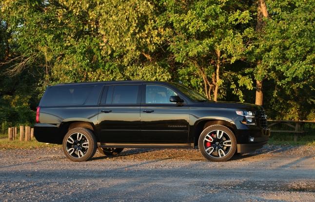 Chevrolet Suburban RST 7