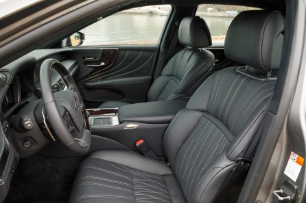 2019 Lexus LS500 8