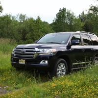 Bachelorette: 2019 Toyota Land Cruiser