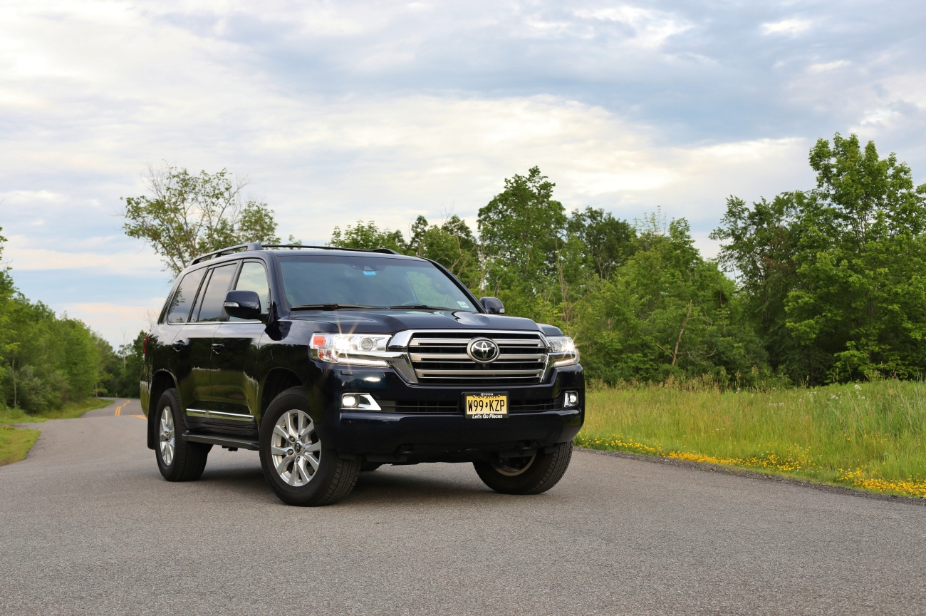 2019 Toyota Land Cruiser 6