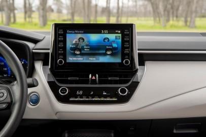 2020 Corolla Hybrid LE 7