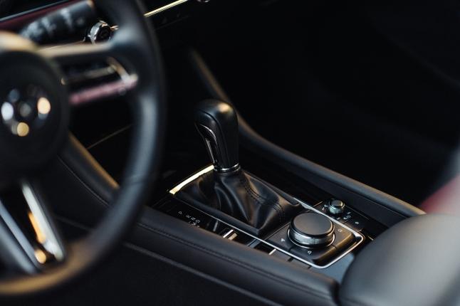 2020 Mazda 3 Hatchback 8