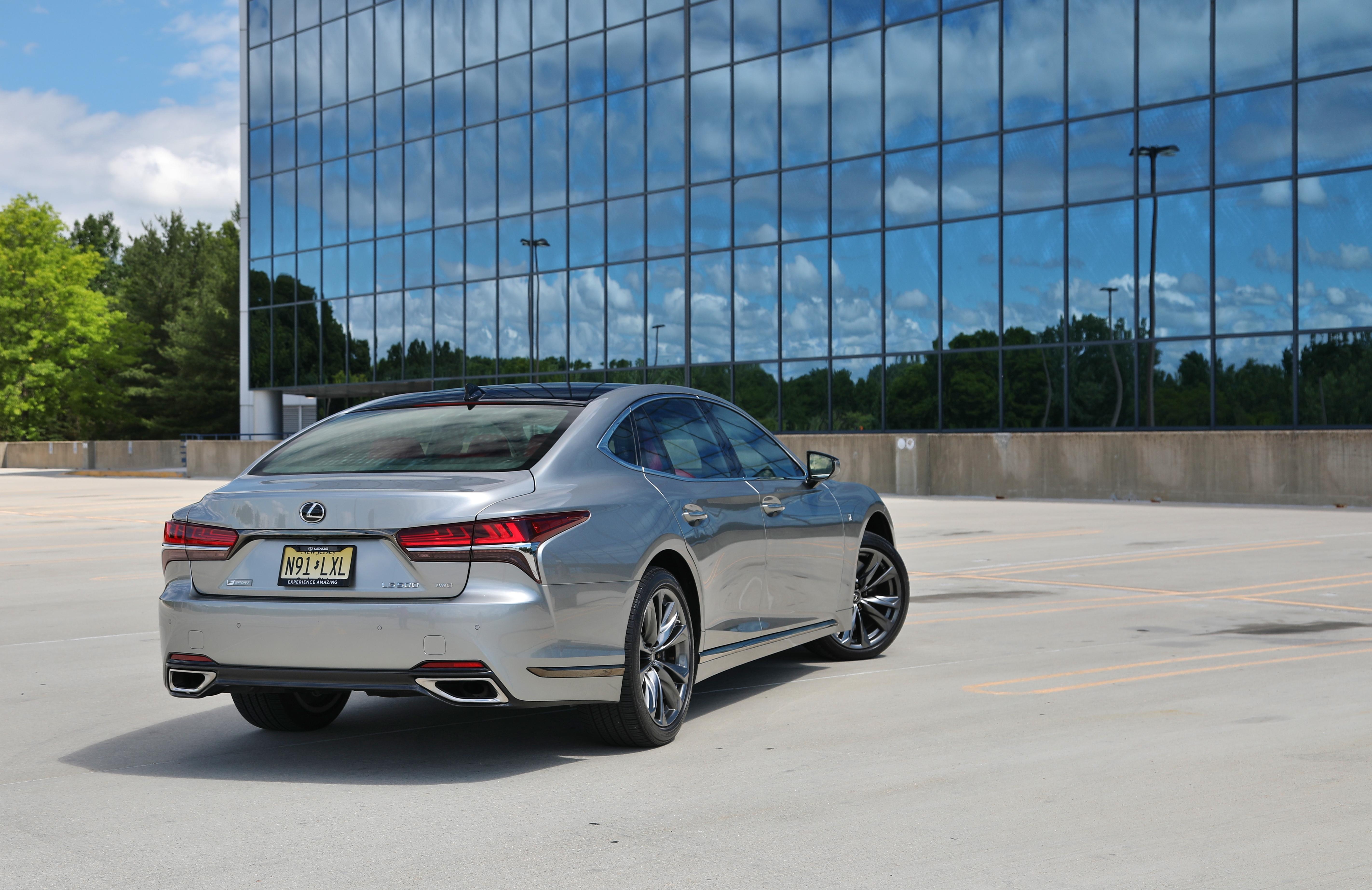 2020 Lexus LS500 FSport 11