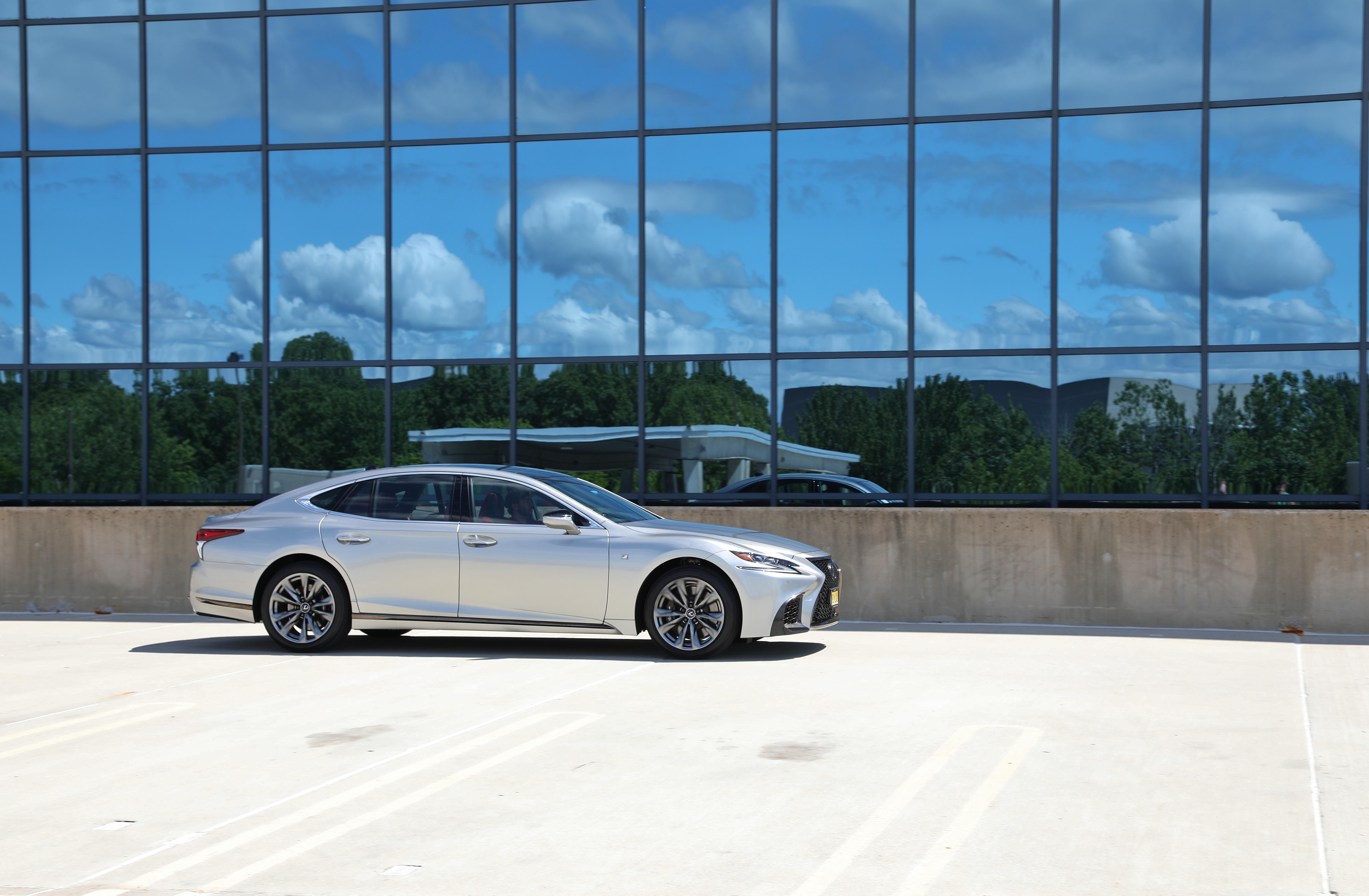 2020 Lexus LS500 FSport 12